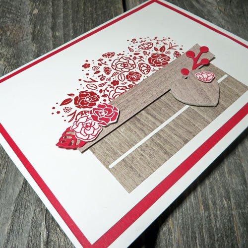 Heat-Embossed-Valentine's-Crate-Card